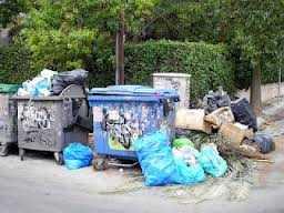 Το Χαϊδάρι έχει γίνει η πιο βρόμικη πόλη της δυτικής Αθήνας. Τυχαίο; Δεν νομίζω…