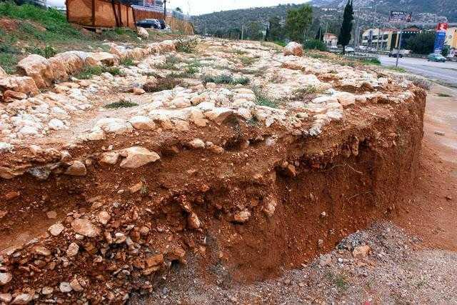 """Υπουργείο Πολιτισμού: """"Ναι"""" στην ανασκαφή της αρχαίας Ιεράς Οδού, αλλά…"""